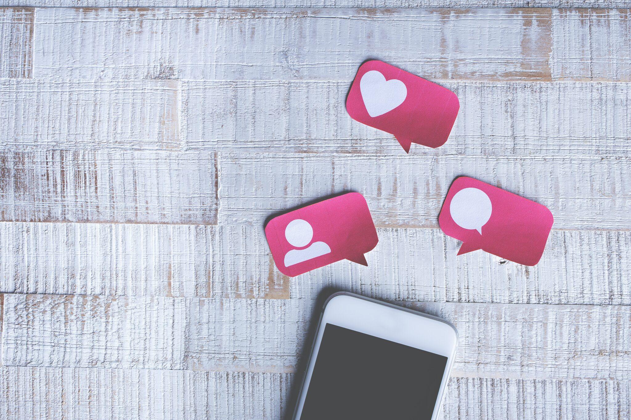 ȘTIRI DIN ONLINE | MAI: printre statistici și cyberbullying