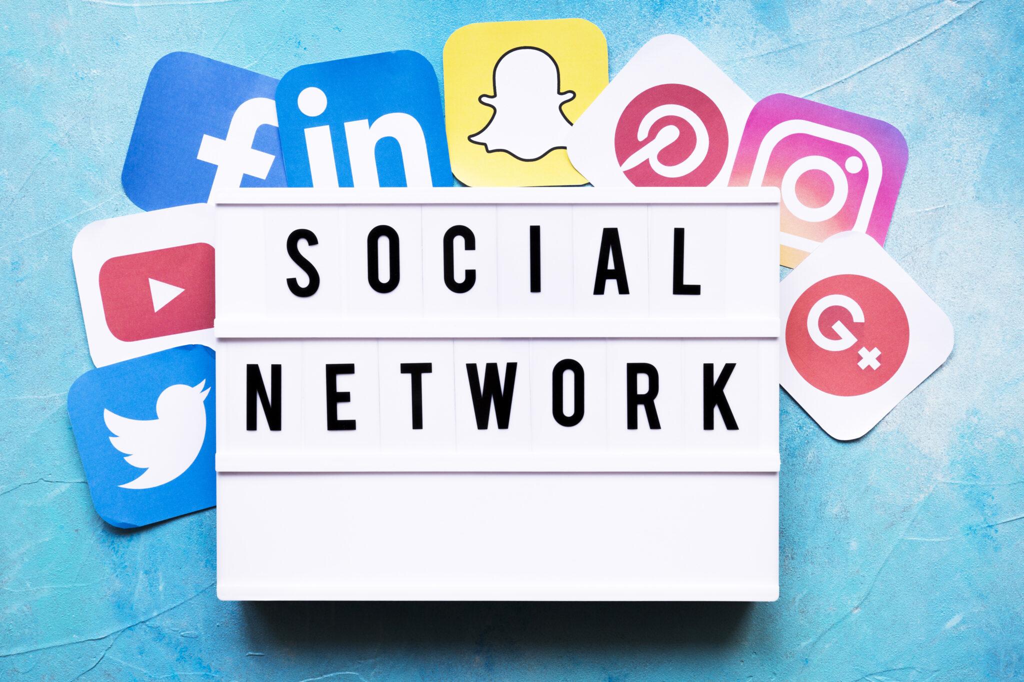 Știri din Online   Iunie: Despre comunități și alte noutăți